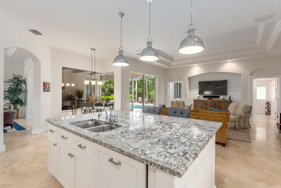 JUPITER INLET COLONY REAL ESTATE