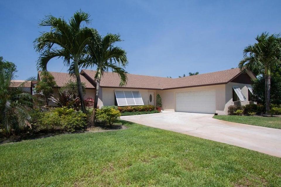 17665 Oakwood Avenue  Boca Raton FL 33487