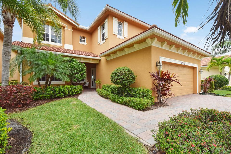 12070 Aviles Circle , Palm Beach Gardens FL 33418 is listed for sale as MLS Listing RX-10435097 65 photos