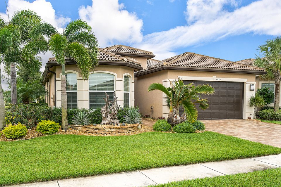 8670 Cathedral Peak Court  Boynton Beach FL 33473