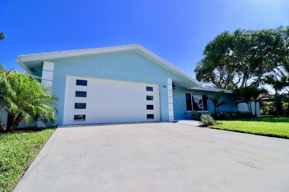 709 Sunshine Drive  Delray Beach, FL 33444