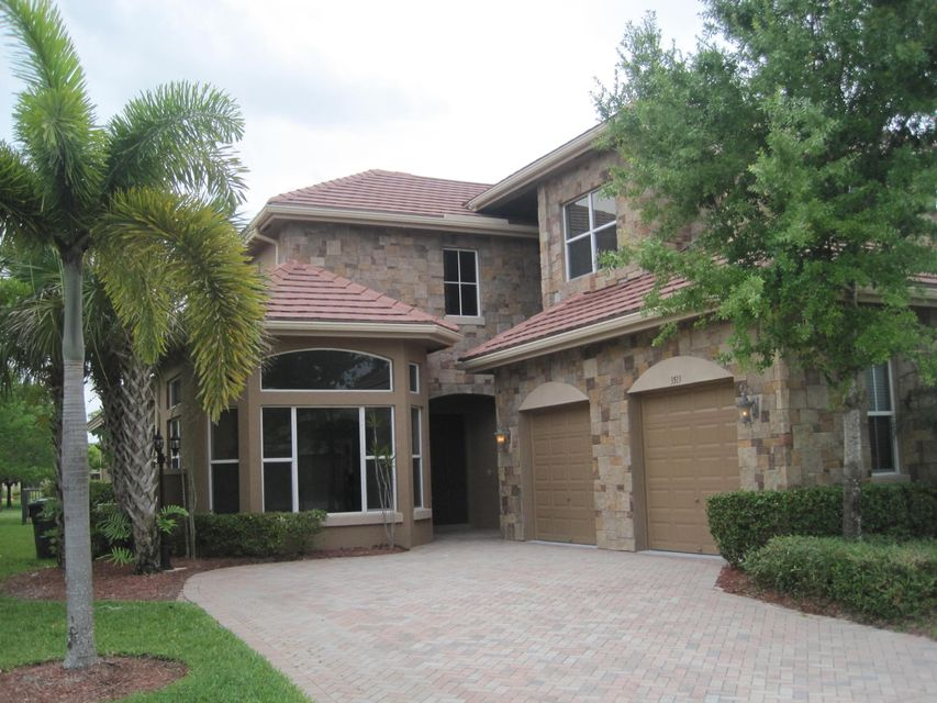 3513 Collonade Drive  Wellington FL 33449