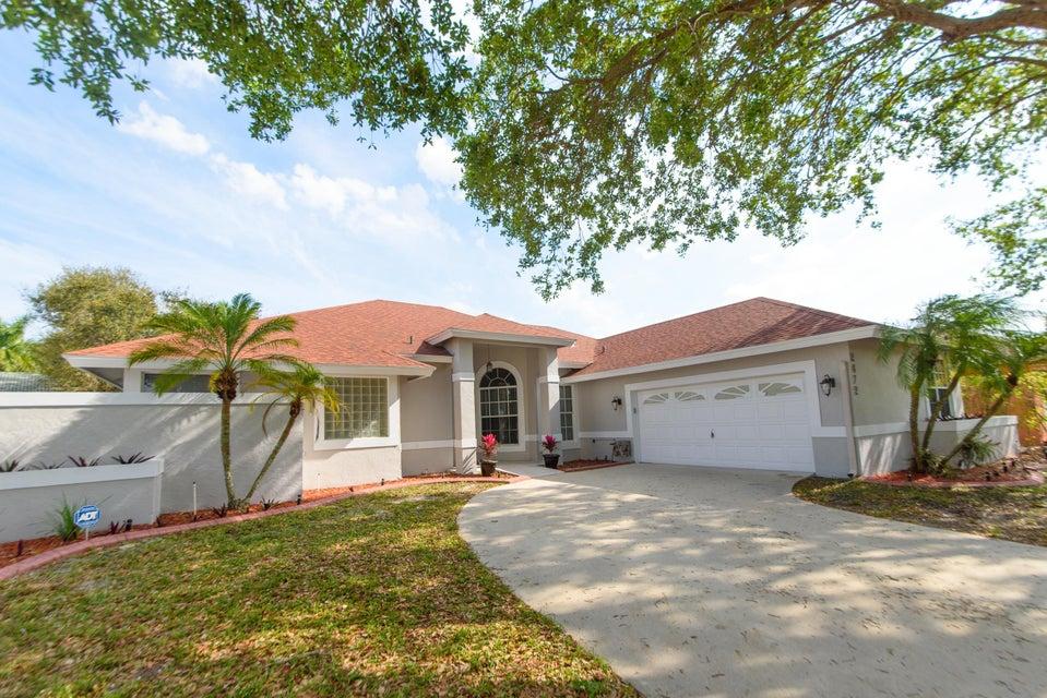 2472 Wrotham Terrace Wellington, FL 33414 photo 4