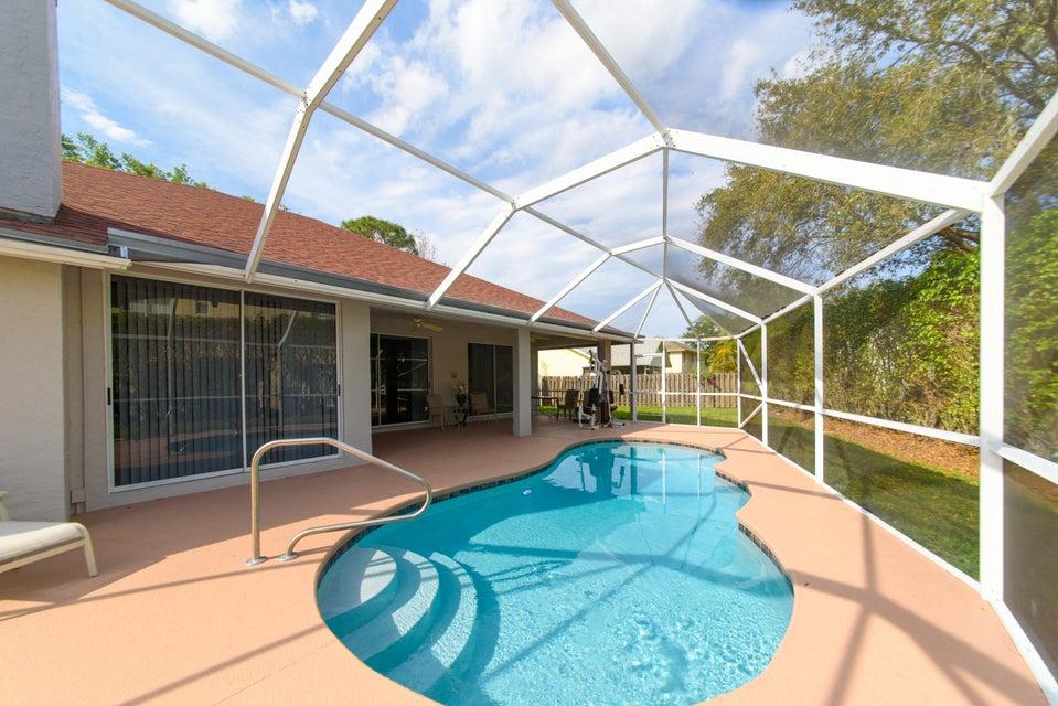 2472 Wrotham Terrace Wellington, FL 33414 photo 10