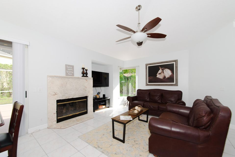2472 Wrotham Terrace Wellington, FL 33414 photo 15