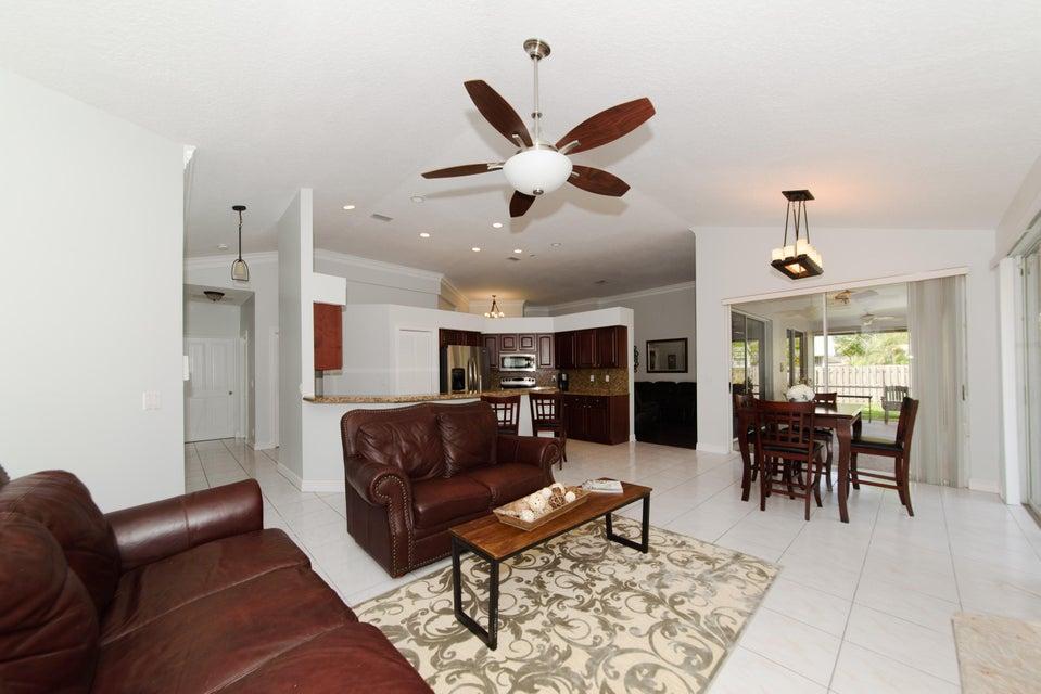 2472 Wrotham Terrace Wellington, FL 33414 photo 17