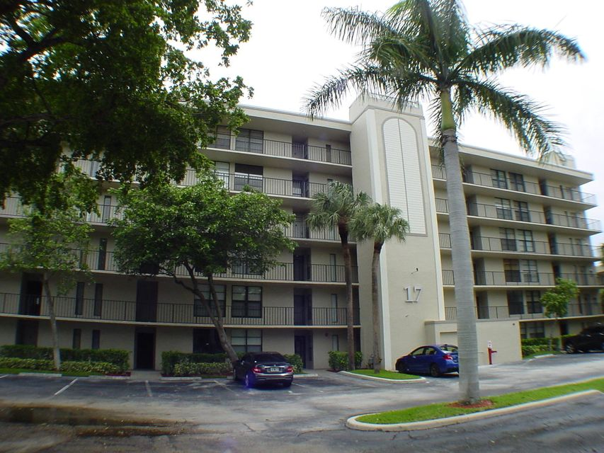 17 Royal Palm Way 302  Boca Raton FL 33432