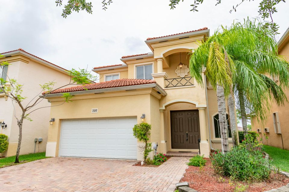 7099 Aliso Avenue West Palm Beach, FL 33413 photo 2