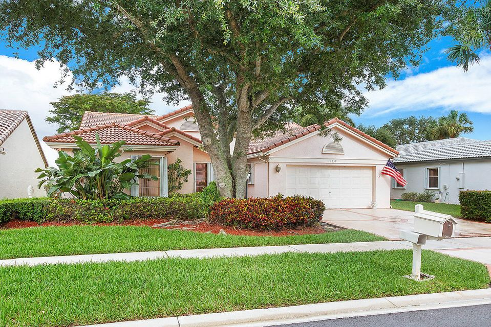 3839 Summer Chase Court  Lake Worth, FL 33467