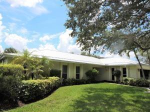 257 Country Club Drive  Tequesta, FL 33469