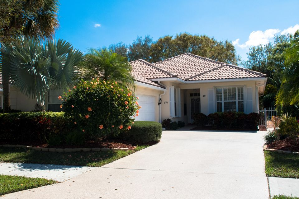 411 Kelsey Park Drive , Palm Beach Gardens FL 33410 is listed for sale as MLS Listing RX-10435527 42 photos