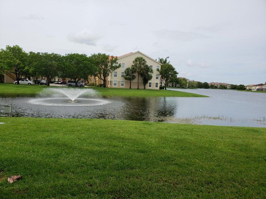 4190 San Marino Boulevard 106 West Palm Beach, FL 33409 photo 1