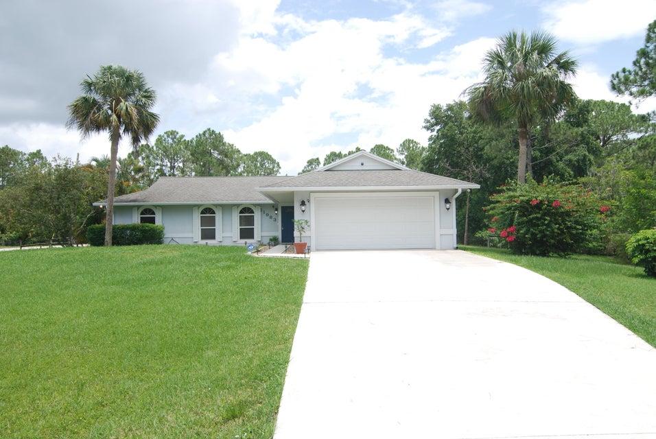 Home for sale in Jupiter Farms. Jupiter Florida
