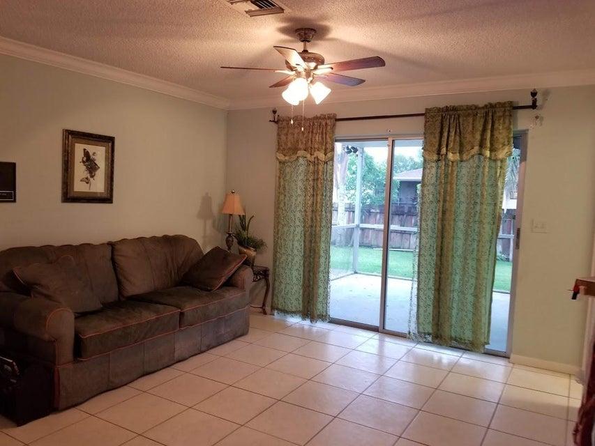 126 Heron Parkway Royal Palm Beach, FL 33411 photo 30