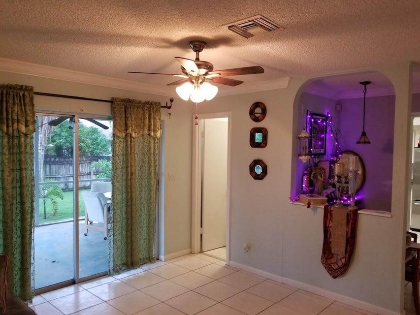126 Heron Parkway Royal Palm Beach, FL 33411 photo 31