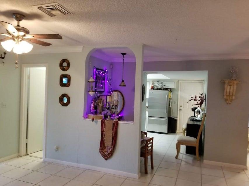 126 Heron Parkway Royal Palm Beach, FL 33411 photo 32
