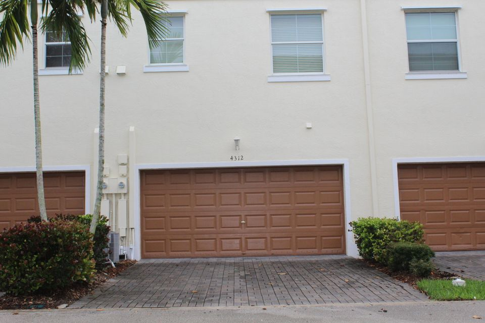 4312 Blowing Point Place Jupiter,Florida 33458,2 Bedrooms Bedrooms,2.1 BathroomsBathrooms,F,Blowing Point,RX-10435927
