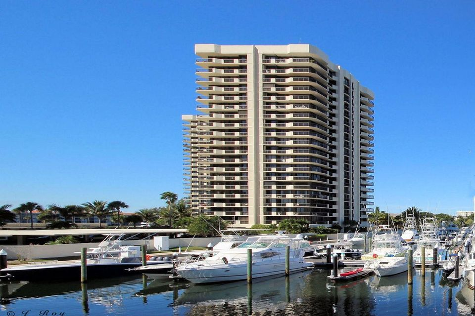 100 Lakeshore Drive 253,North Palm Beach,Florida 33408,3 Bedrooms Bedrooms,3.1 BathroomsBathrooms,A,Lakeshore,RX-10436002