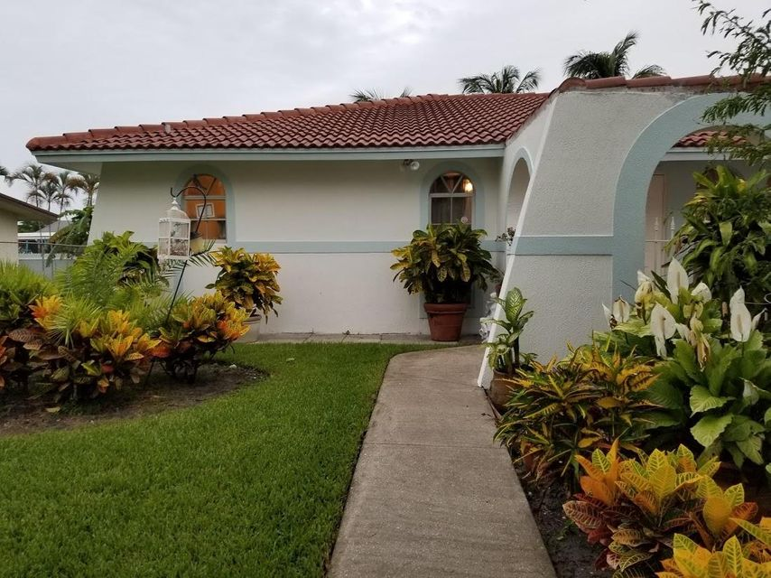 126 Heron Parkway Royal Palm Beach, FL 33411 photo 9
