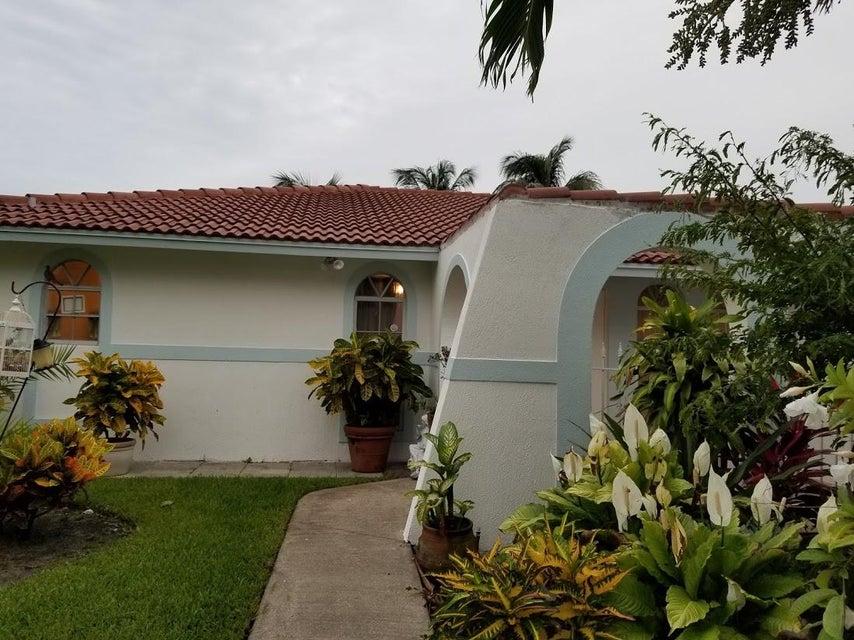 126 Heron Parkway Royal Palm Beach, FL 33411 photo 10