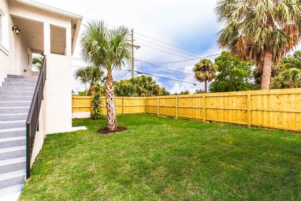354 Marlborough Place West Palm Beach, FL 33405 photo 40