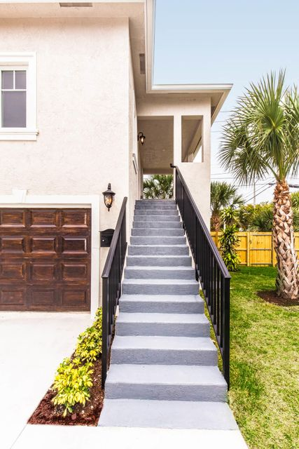 354 Marlborough Place West Palm Beach, FL 33405 photo 42