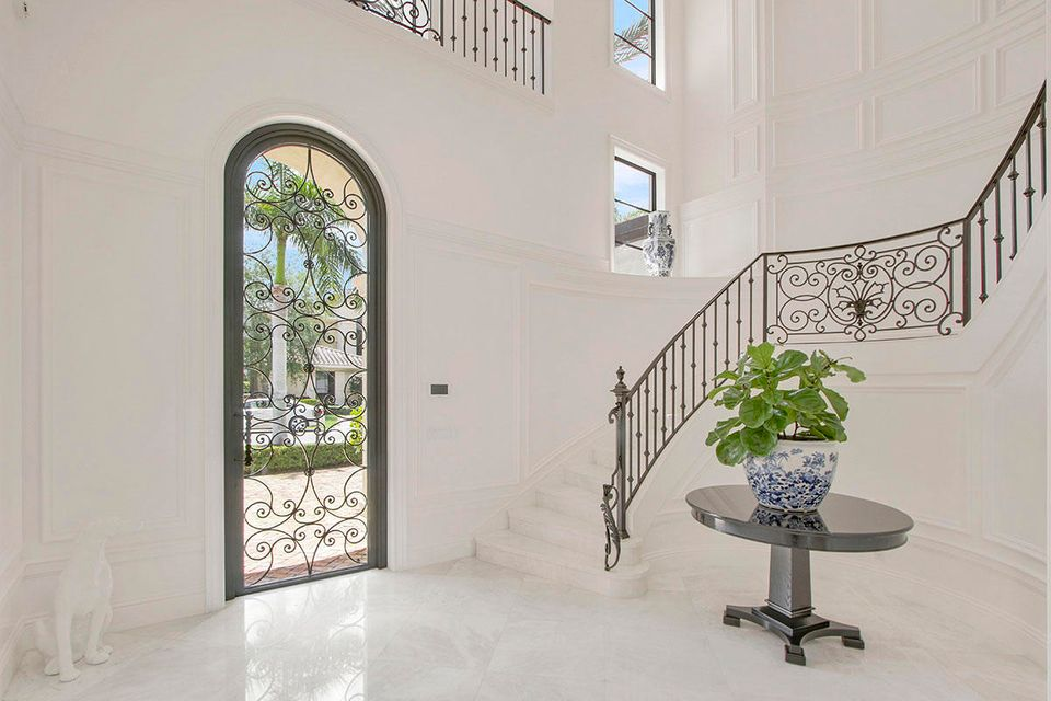 215  Via Palacio  , Palm Beach Gardens FL 33418 is listed for sale as MLS Listing RX-10422943 photo #7