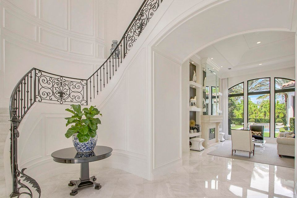 215  Via Palacio  , Palm Beach Gardens FL 33418 is listed for sale as MLS Listing RX-10422943 photo #8