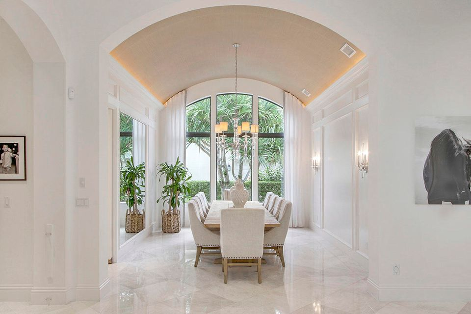 215  Via Palacio  , Palm Beach Gardens FL 33418 is listed for sale as MLS Listing RX-10422943 photo #15