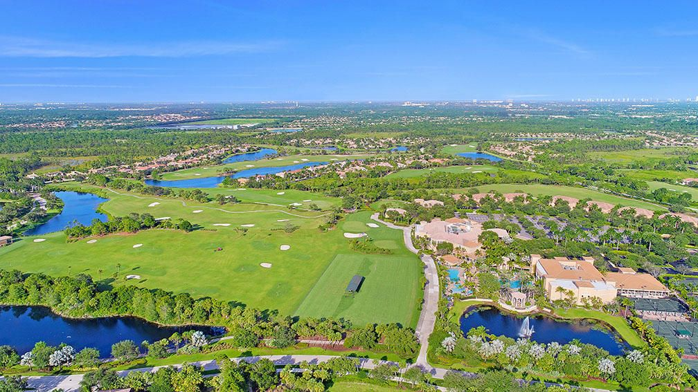 215  Via Palacio  , Palm Beach Gardens FL 33418 is listed for sale as MLS Listing RX-10422943 photo #71