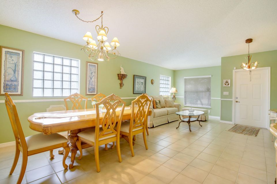 6165 Willoughby Circle Lake Worth, FL 33463 small photo 10