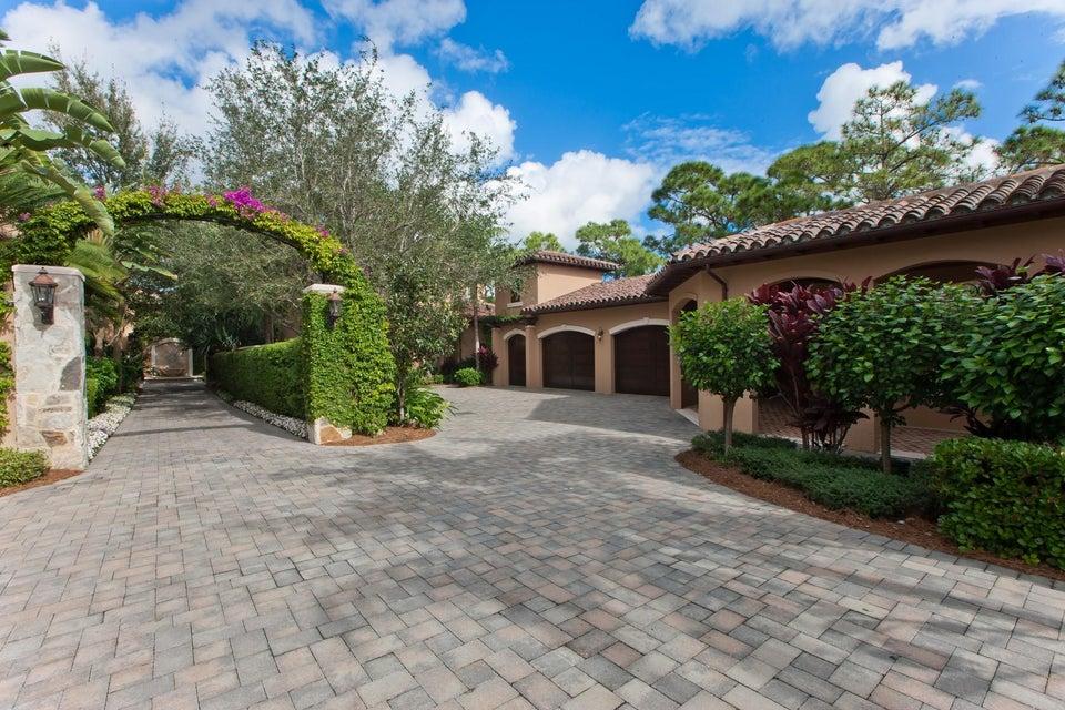 312 Villa Drive Jupiter,Florida 33477,4 Bedrooms Bedrooms,4.1 BathroomsBathrooms,F,Villa,RX-10436018