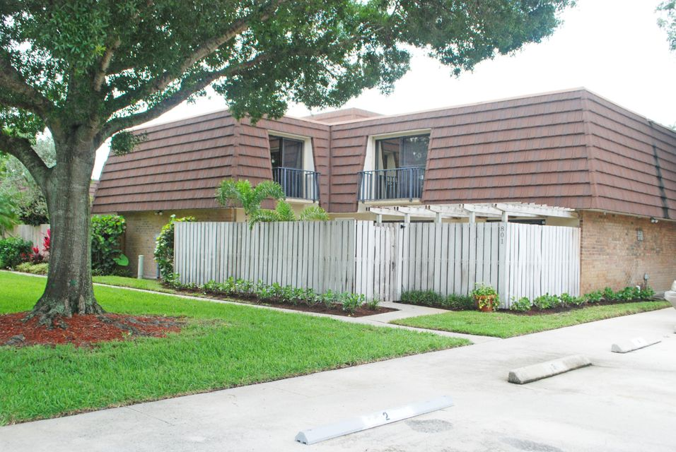 801 8th Lane , Palm Beach Gardens FL 33418 is listed for sale as MLS Listing RX-10436031 41 photos