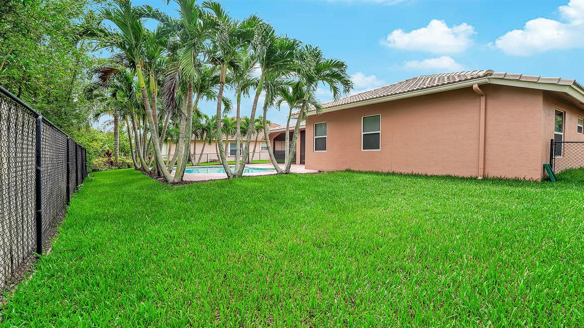 120 Pepper Tree Cres Royal Palm Beach, FL 33411 photo 26