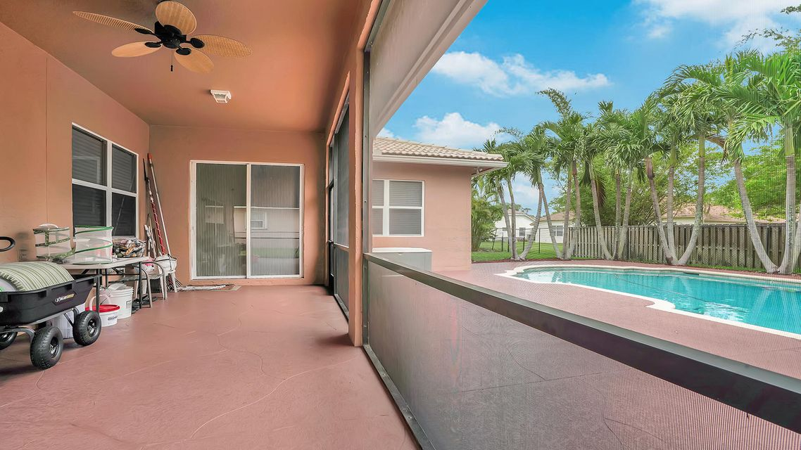 120 Pepper Tree Cres Royal Palm Beach, FL 33411 photo 25