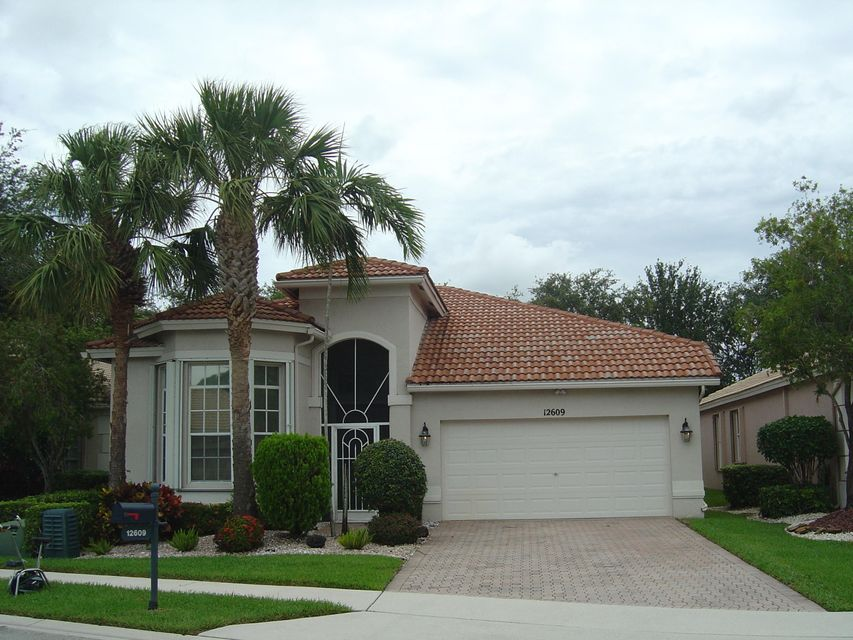 Home for sale in CORAL LAKES / TUSCANY Boynton Beach Florida