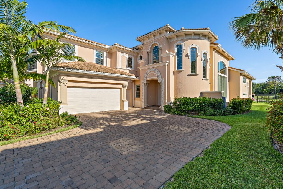 New Home for sale at 179 Rosalia Court in Jupiter