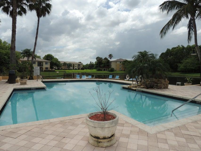 800 Crestwood Court 809 Royal Palm Beach, FL 33411 photo 36