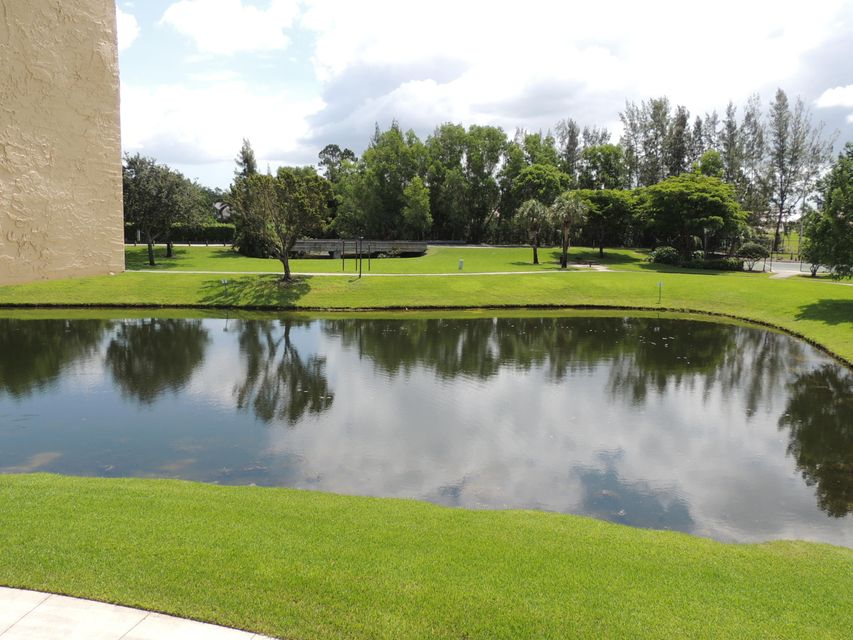 800 Crestwood Court 809 Royal Palm Beach, FL 33411 photo 40