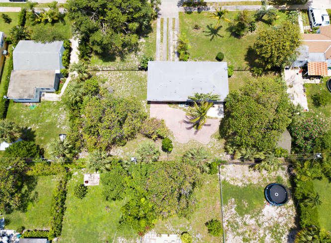 936 Upland Road West Palm Beach, FL 33401 small photo 38