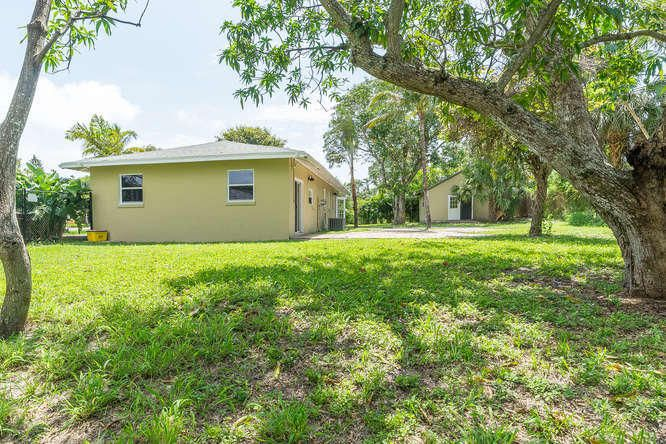 936 Upland Road West Palm Beach, FL 33401 small photo 29