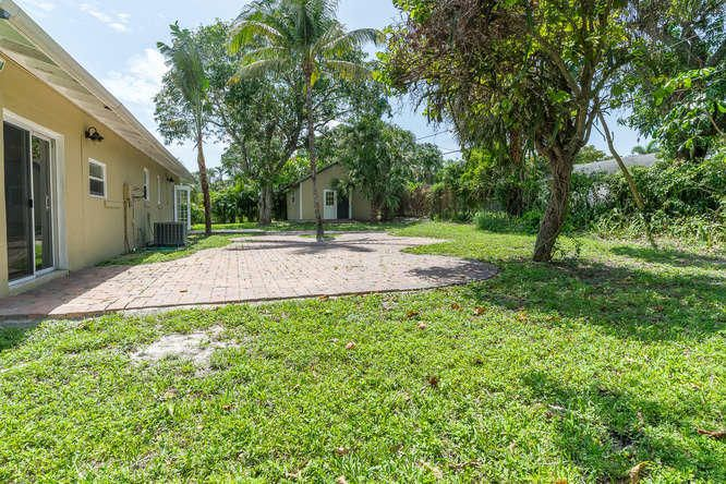 936 Upland Road West Palm Beach, FL 33401 small photo 30