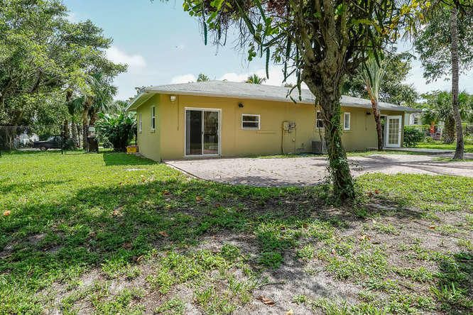 936 Upland Road West Palm Beach, FL 33401 small photo 31