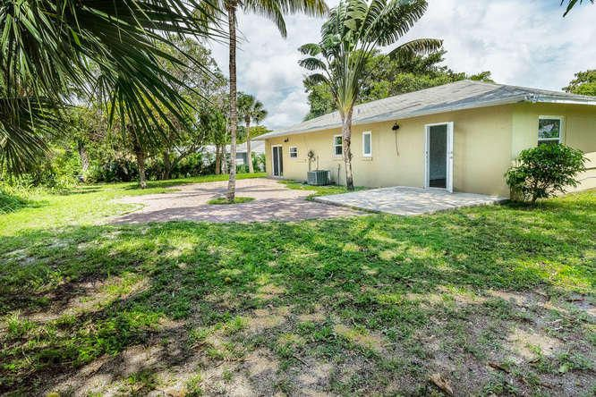 936 Upland Road West Palm Beach, FL 33401 photo 35