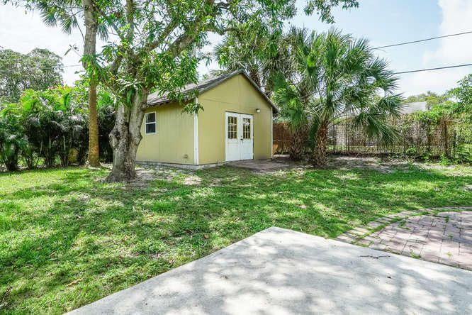 936 Upland Road West Palm Beach, FL 33401 small photo 26
