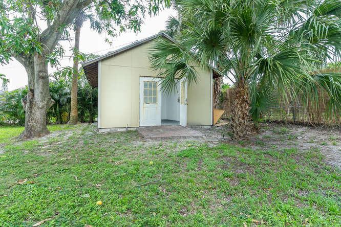 936 Upland Road West Palm Beach, FL 33401 photo 25