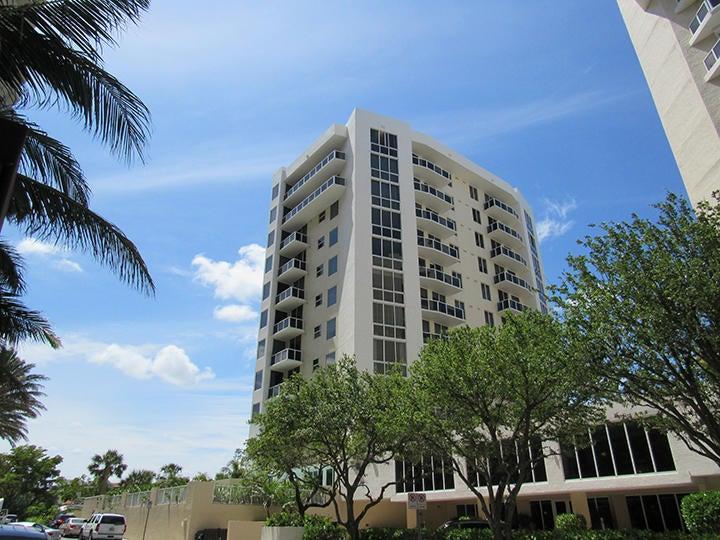 1617 N Flagler Drive 303  West Palm Beach, FL 33407