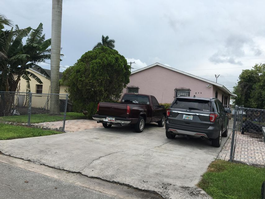 205 NW 3rd Avenue , South Bay FL 33493 is listed for sale as MLS Listing RX-10436308 17 photos