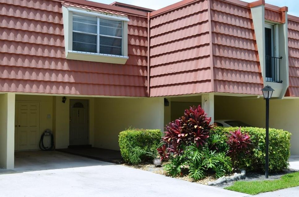384 Golfview Road D  North Palm Beach FL 33408
