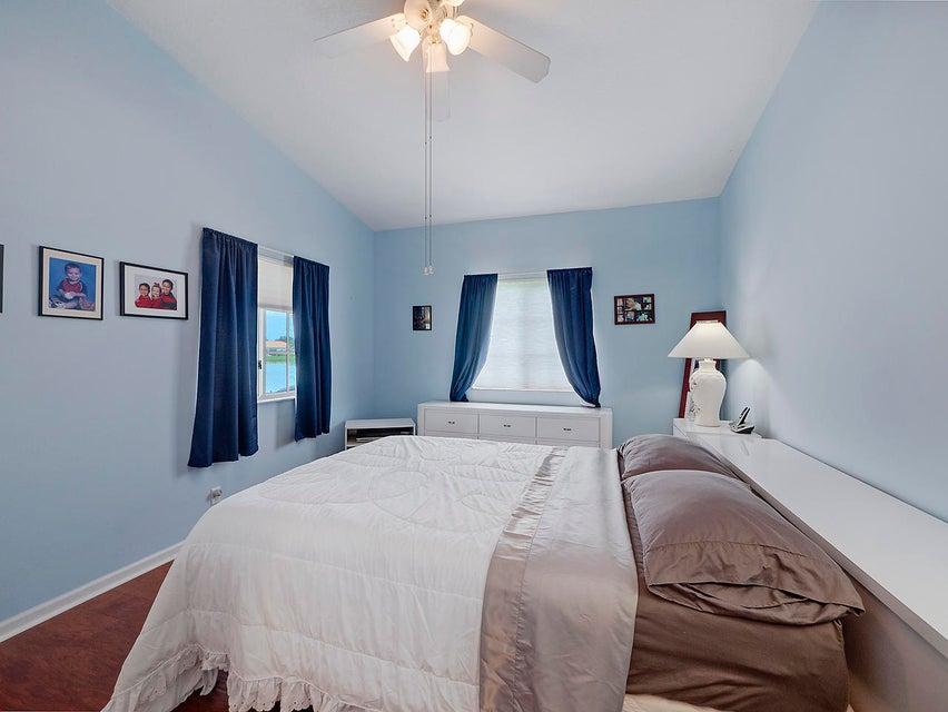2352 Windjammer Way West Palm Beach, FL 33411 photo 8